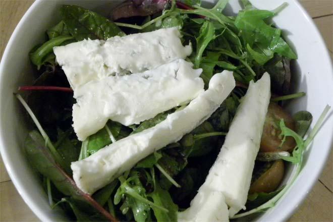 Bleu Cheese Vs Gorgonzola Difference And Comparison Diffen