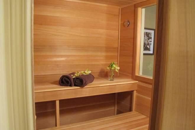 Sauna Vs Steam Room Difference And Comparison Diffen
