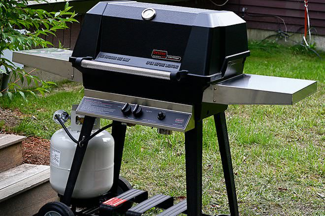 Weber Elektrogrill Vs Gasgrill : Electric grill vs gas grill difference and comparison diffen