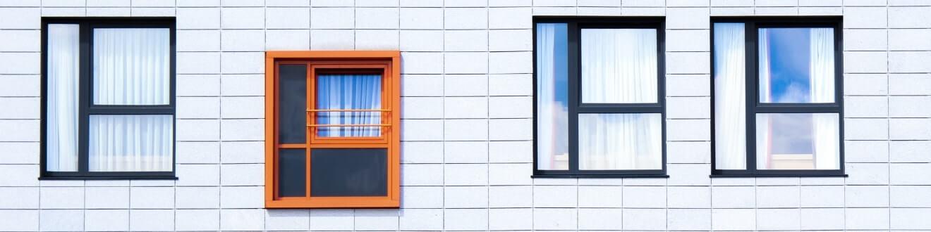 Aluminum Vs Vinyl Windows Difference And Comparison Diffen