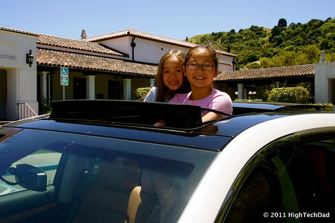 Moonroof Vs Sunroof Difference And Comparison Diffen