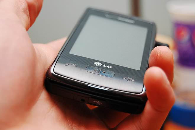 LG enV Touch VX-11000