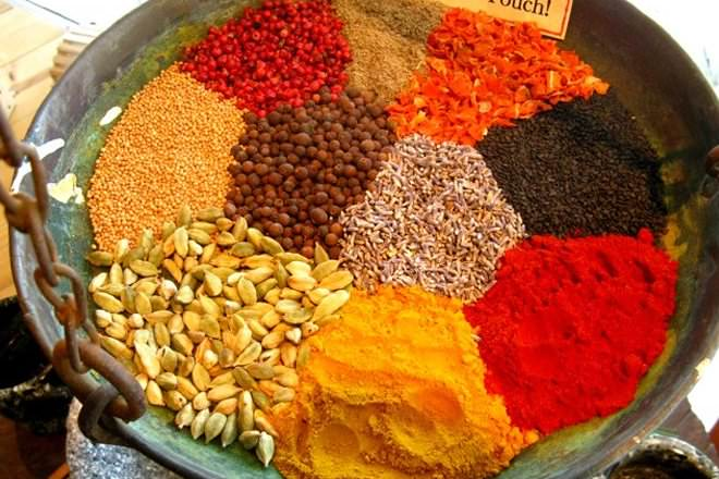 Herbs vs spices difference and comparison diffen for Ayurvedic cuisine