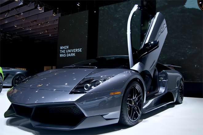 Ferrari vs Lamborghini - Difference and Comparison | Diffen