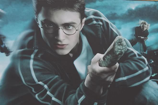 Comparison of harry potter and lord