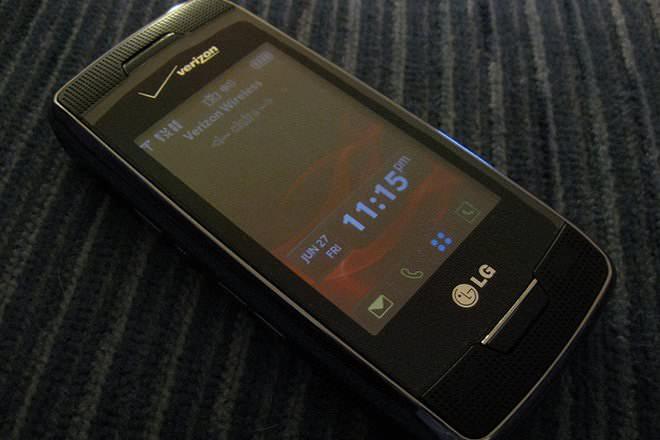 LG Voyager VX-10000