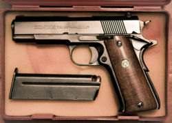 A handgun that uses 9×19mm Parabellum cartridges.