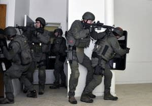 FBI SWAT team in action