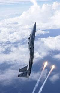 An F-15D from Tyndall Air Force Base, Florida releasing flares