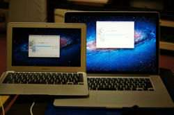MacBook Air(L) and MacBook Pro with Retina display(R)